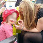 Kinderschminken für die kleinen Gäste