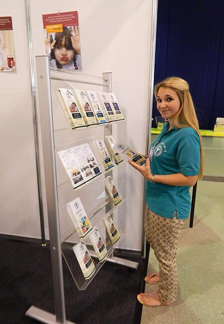 Unsere Mitarbeiterin bei der Pflegemesse Dresden
