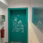 Unsere Mitarbeiterin war kreativ und hat den WC-Raum erkenntlich gemacht