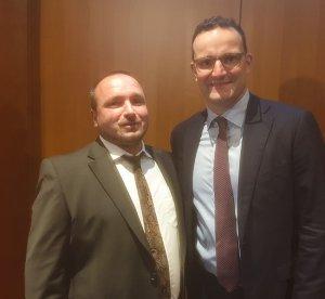 Mathias Meyer mit Gesundheitsminister Jens Spahn